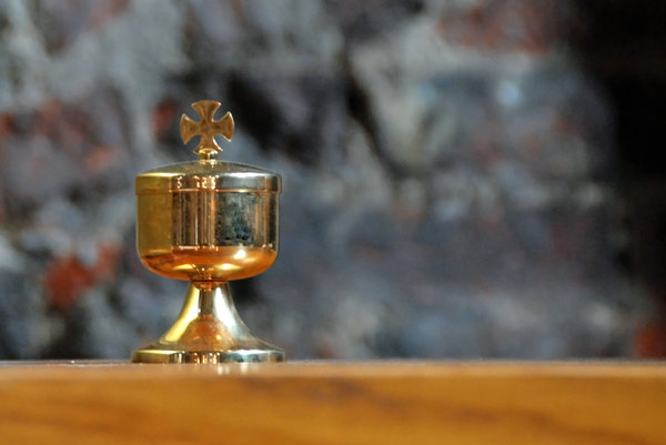 Catholic ciborium 1: Tabernacle