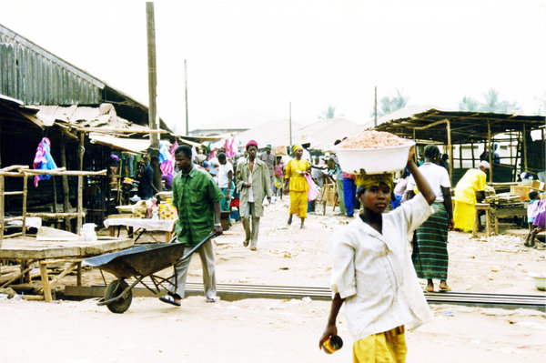 Sierra Leone Village and Marke: Sierra Leone Village and Market