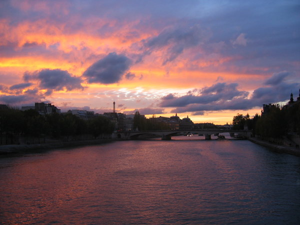 Sunset in Paris 3: Sunset in the Paris town center