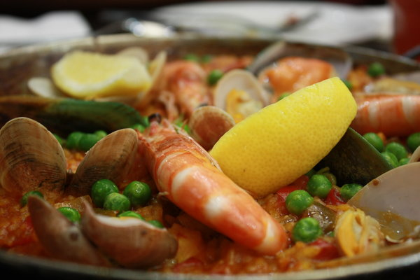 Spanish Paella 2: Spanish paella dinner with friends at La Bodega, a tapas and wine outlet