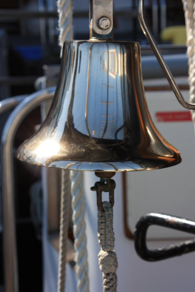 Ship's bell: Sailing ship bell