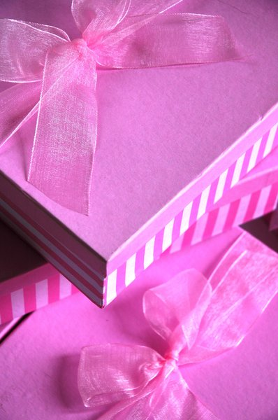 Pink boxes 3: pink boxes