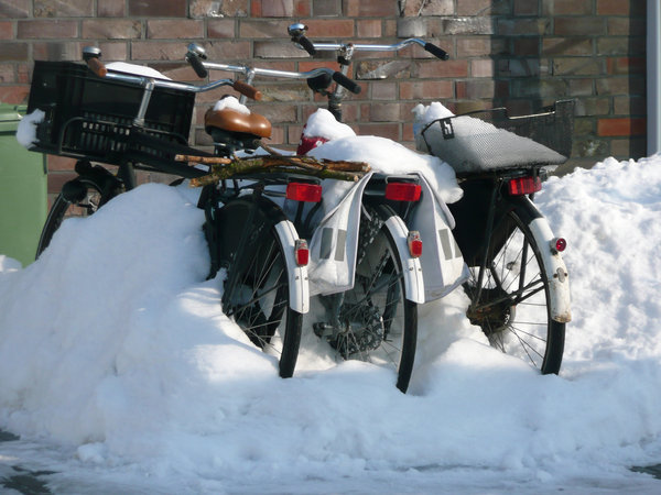 Bikes: Bikes covered with snow