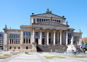 Concert Hall in Berlin: The Konzerthaus Berlin (once called the Schauspielhaus Berlin) is a concert hall situated on the Gendarmenmarkt square in the central Mitte district of Berlin. Since 1994 it has been the seat of the German orchestra Konzerthausorchester Berlin.