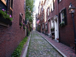 Cobble stone: Cobble stone street in Boston