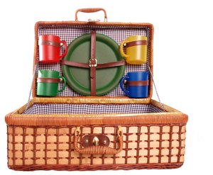 Picnic Basket: Picnic basket with plastic plates and cups in different colors.