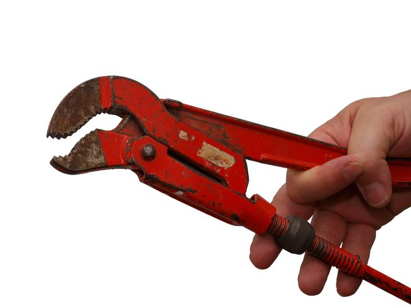 Handheld pibewrench: Hand holding a pibewrench