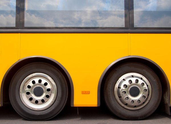 Wheels on a bus: Twinset of wheel on a bus