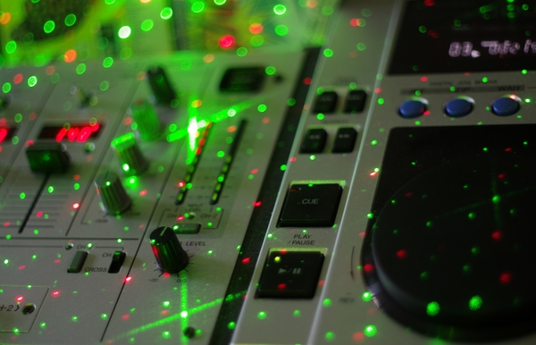 DJ mixer: DJ mixer with light effects