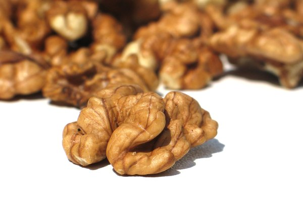 walnuts 3: none