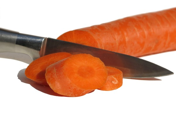 cut carrot: none