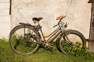 Old bicycle: Old bike