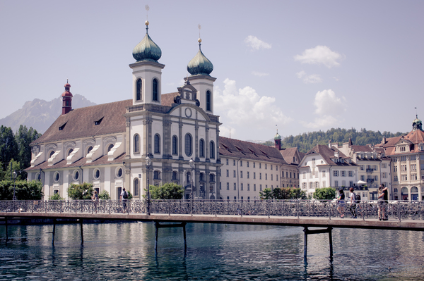 Scenic view of Lucerne 2: Photo of the city of Lucerne in Switzerland