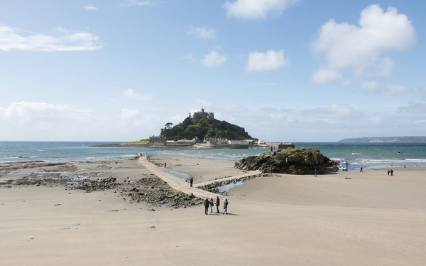 Castle island causeway: Marazion beach, with partially submerged causeway leading to St. Michael's Mount, Cornwall, England.