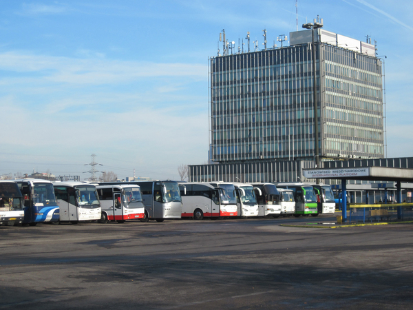 Western Warsaw Bus and Train S: Western Warsaw Bus and Train Station