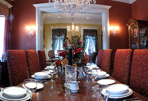 laid table: Banquet table