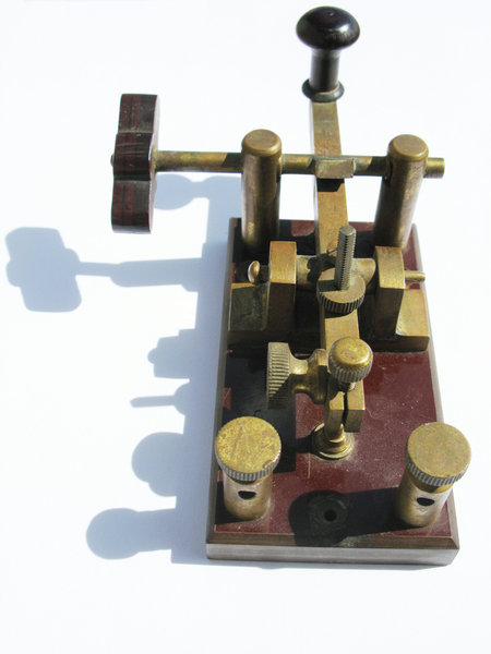 Telegraph 2: Old electric Morse telegraph