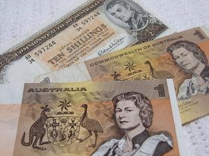 Australian Old Currency 1 Notes 10 Ten Shilling