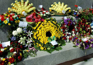 memorial flowers1: flowers placed at war memorial