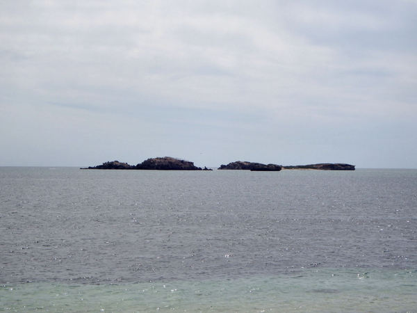 distant islands2: small islands off the coast of Western Australia