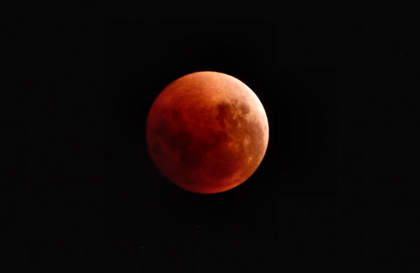 super blue blood moon: second southern hemisphere super full moon for January 2018 with lunar eclipse giving reddish appearance on Jan 31
