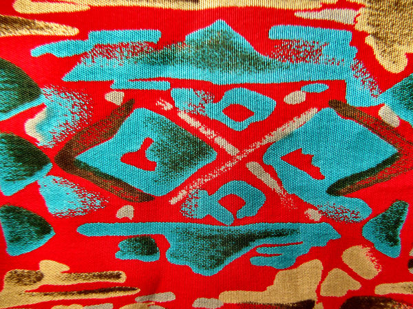 fabric red contours3
