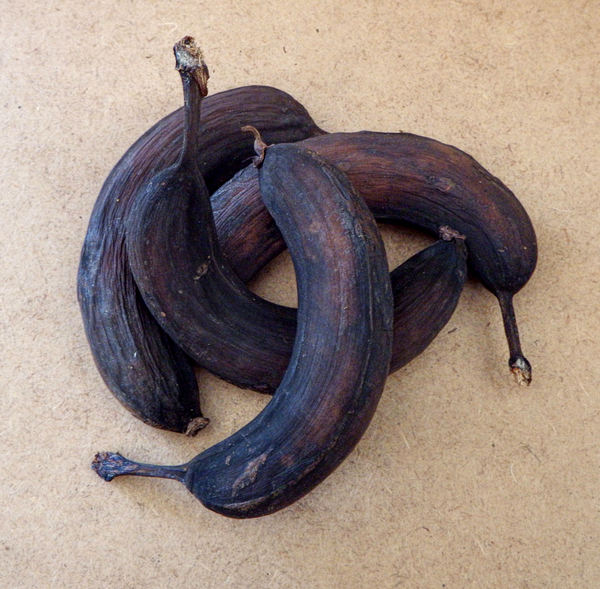 black bananas1