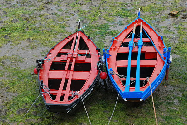 Fishing port boats 2