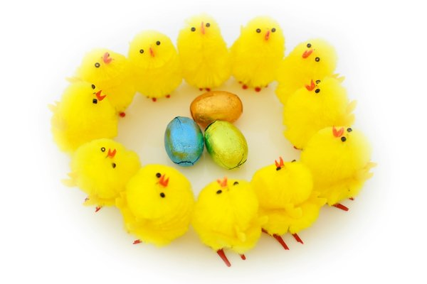 Easter Chick Ring: A ring of Easter chicks with Easter eggs