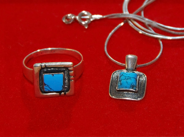 Turquoise and silver  jeweller: pendant and ring