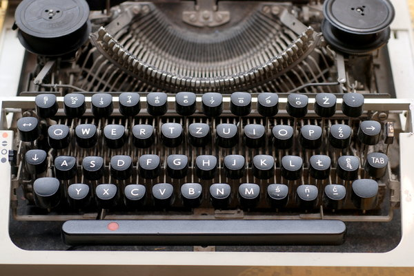 Typewriter 3: A typewriter is a mechanical or electromechanical device with a set of