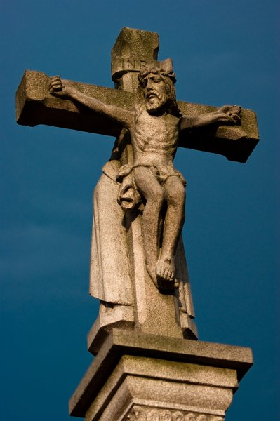 INRI: A statue of Jesus Christ on the cross