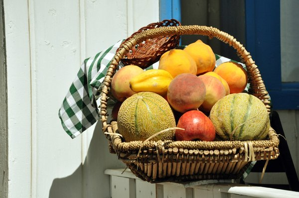 Fruit basket: Fruit basket