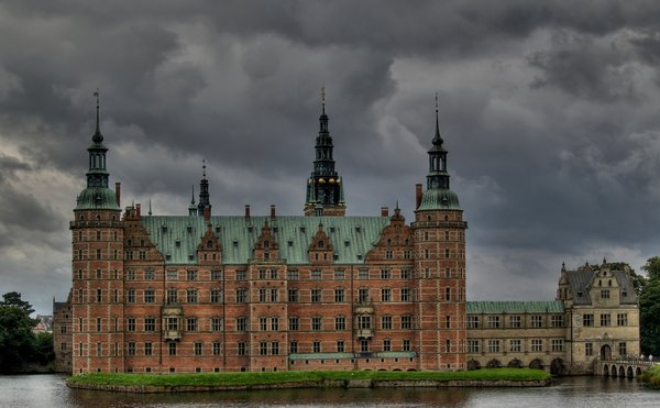 Castle - HDR: Frederiksborg Castle, Royal castle from the 15th. century.