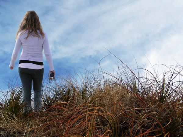 NZ grasses to wade through: walking through beach grasses to the shore, feels like you can see forever