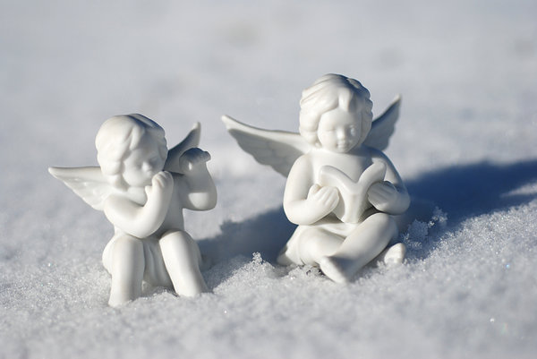 Little angels on the snow: China angels at the winter