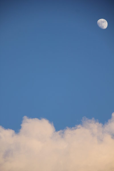 Daily Moon and clouds