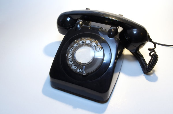 Old telephone 9: ...