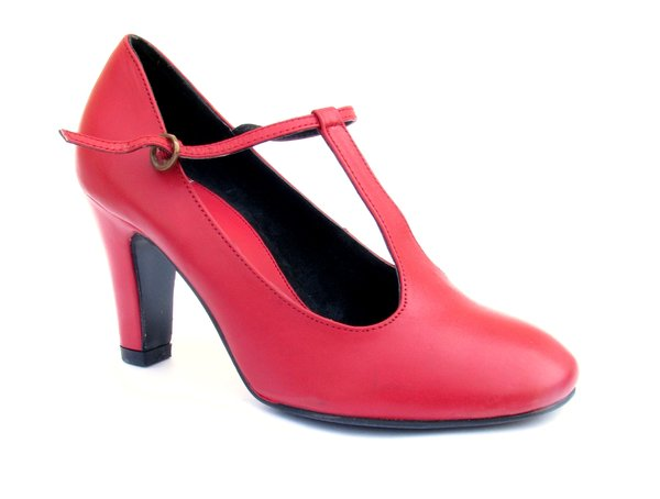 RED SHOES 6: Red leather shoes (ladies)