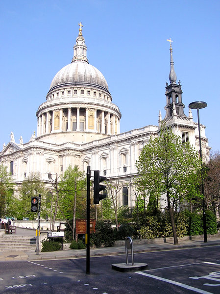 St Paul's Cathedral: Church of England cathedral dedicated to Paul the Apostle. It sits at the top of Ludgate Hill, the highest point in the City of London.