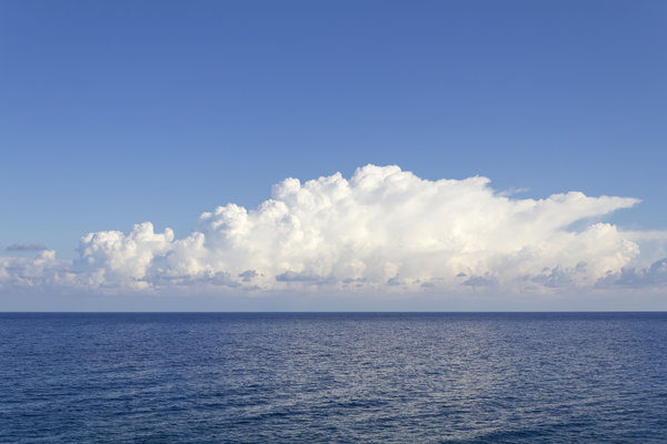 White cloud, blue sea