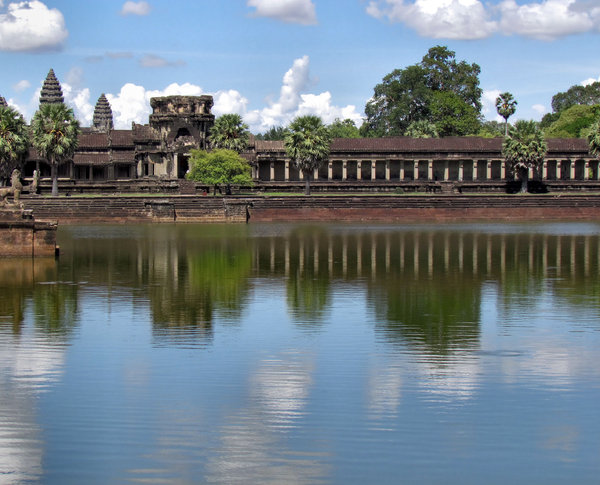 angkor reflections2