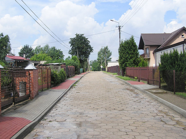 Pavement road