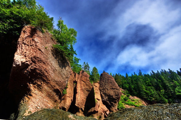 Flowerpot Rocks - HDR: Flowerpot Rocks in Hopewell Cape, New Brunswick Canada. So-called Flowerpot Rocks because of the way they have been sculpted by tidal erosion in the Bay of Fundy.