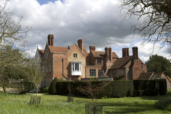 Country manor house: Manor house at Greys Court, Oxfordshire, England, in spring. Photography of the exterior of buildings on this National Trust estate is freely permitted.