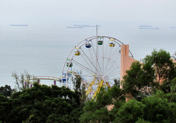 circular views1: high ferris-wheel views in Hong Kong