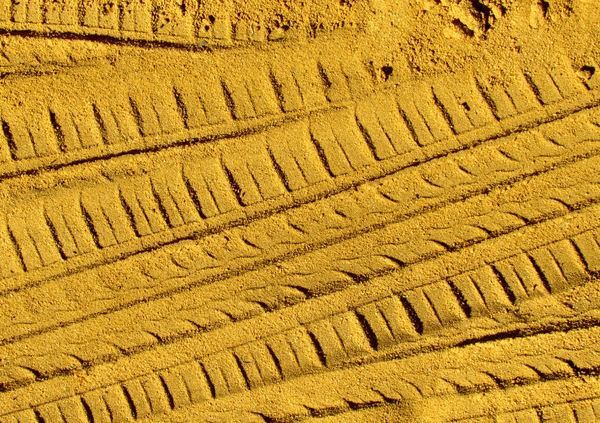 sandtracks5: impressions left on sand and soil in active workplace