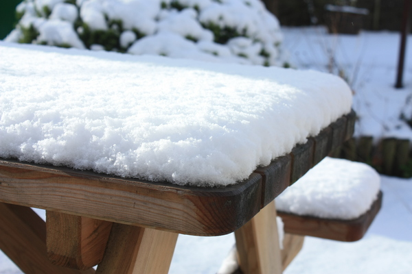 Snowy picnic table: Snowy picnic table
