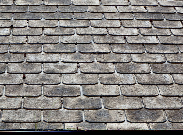 slate tiled church roof1