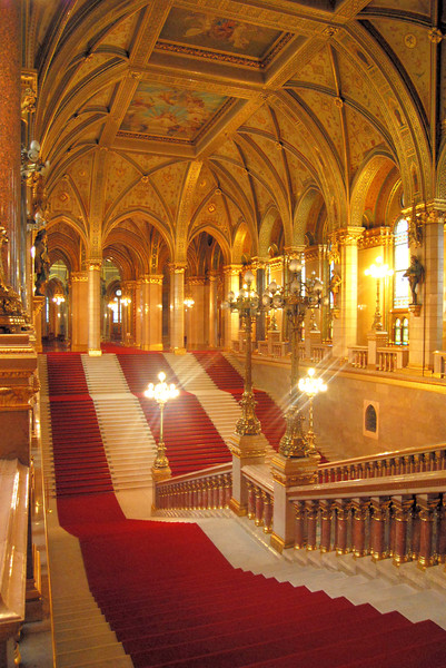 Parliament, Budapest: Some pictures from the hungarian parliament